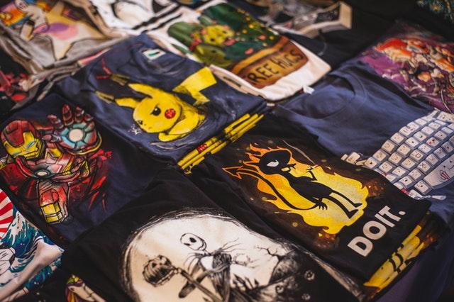 jak składać koszulki