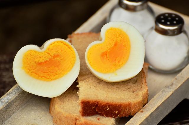 jak zrobić jajka na twardo